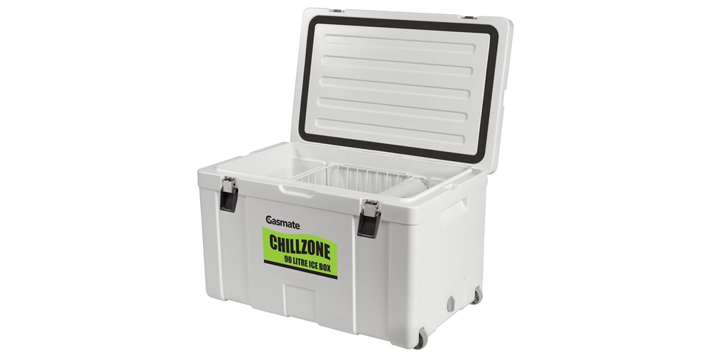 90L Chillzone Ice Box inside - basket and divider bottles available separately.