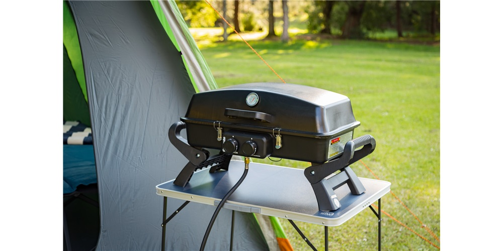 Gasmate Adventurer Deluxe 2 Two Burner Portable BBQ
